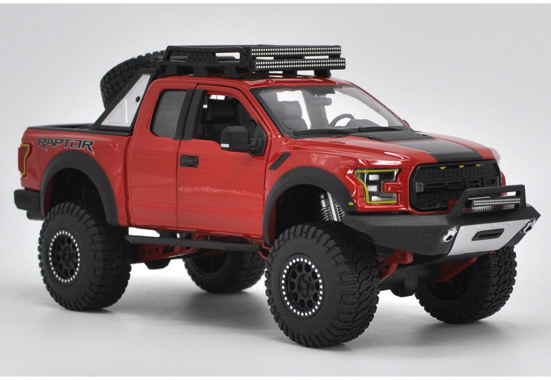 Original 1:24 Maisto Off-roading Pickup Model Car Ford F150 SVT Raptor Truck Metal classic toy models for gift, collection