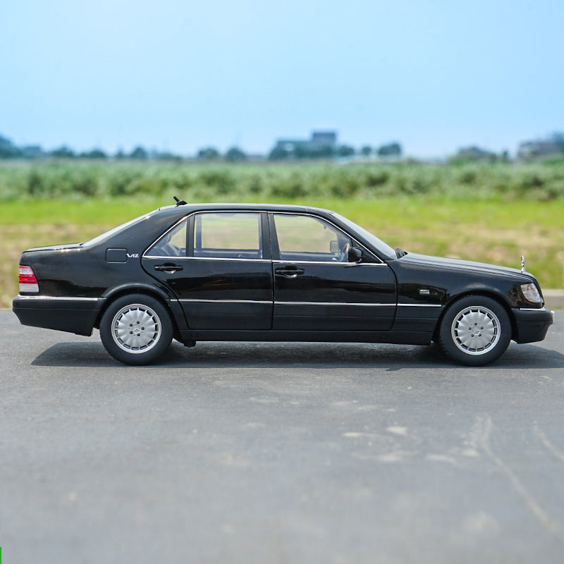 Original Authorized Authentic 1:18 Diecast Benz S600 V12 W140 S Classic Dclassic Toys car model miniature for gift, collection