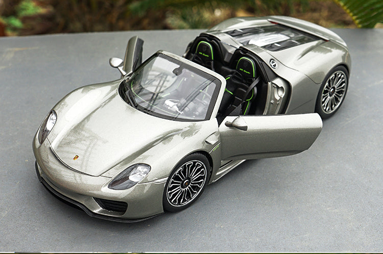 Original Diecast 1:18 Welly FX Porsche 918 Spyder roadster model with small gift
