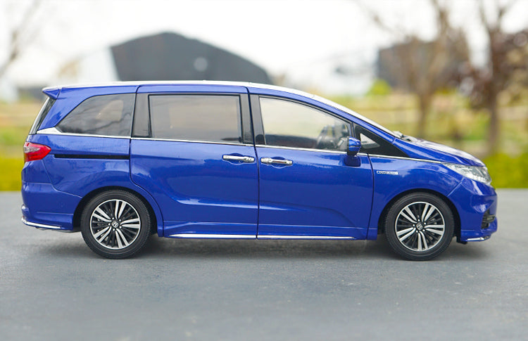 Original exquisite diecast 2019 New 1:18 Honda Odyssey hybrid diecast car model for collection, gift