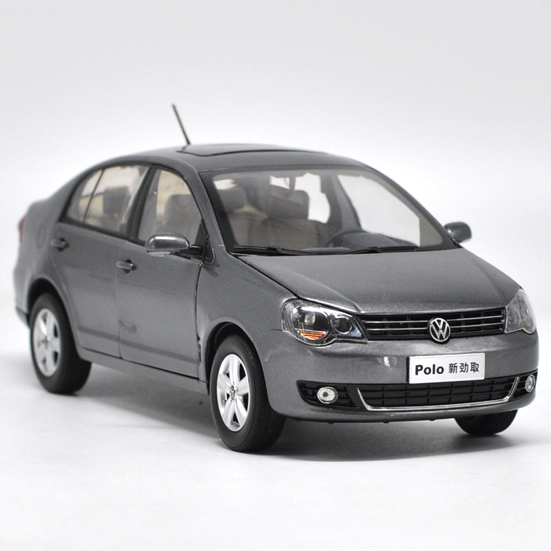 Original factory 1:18 Volkswagen VW NEW Polo Jinqu Gray  Sedan classic toy models for Birthday/christmas gifts, collection