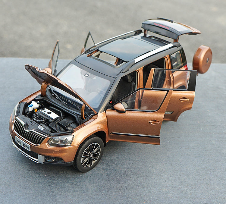 Original factory 1:18 Volkswagen skoda YETI off-road vehicle SUV classic toy models for Birthday/christmas gifts, collection