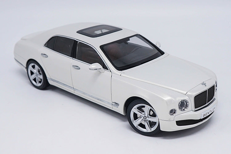 Original factory authentic 1:18 kyosho BENTLEY Mulsanne diecast collectible car model with small gift