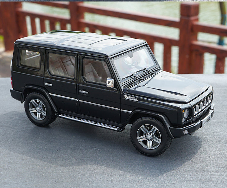 Original factory diecast 1:18 BAW Beijing Jeep BJ80 BJ80J  millitary off-road SUV car model for gift