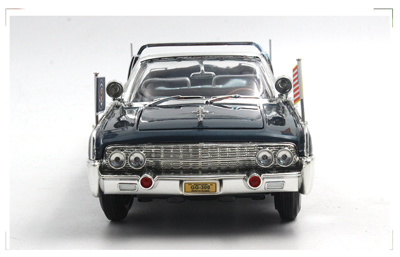 Road Signature 1 24 1961 Lincoln X-100 Kennedy Car Limousine Blue with Flags