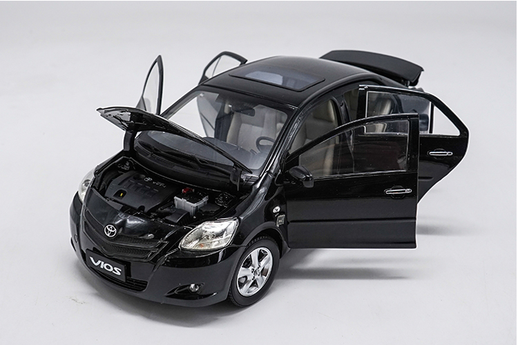 Original factory Authorized diecast 1/18 Toyota Vios Black Sedan Diecast Metal Classic toy Car Models for Birthday/christmas gifts, collection