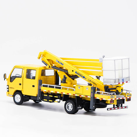 1:35 XCMG lorry-mounted crane model, zinc alloy scale crane miniatures