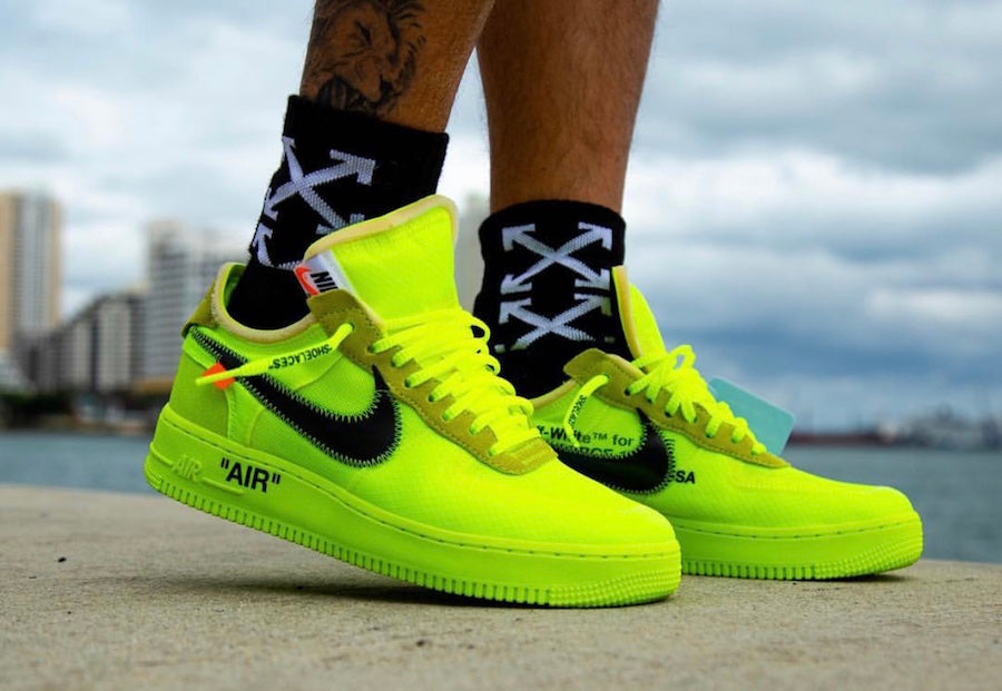 """x Nike Air Force 1 Low """"Volt"""