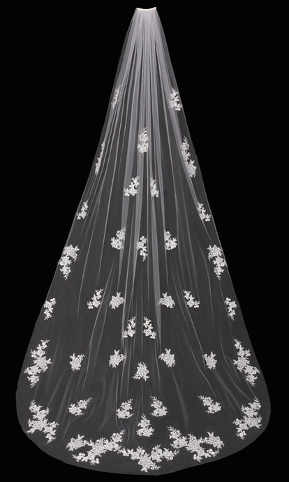 V1695C Cathedral Veil - Utah wedding accessories - Draper Bridal Store