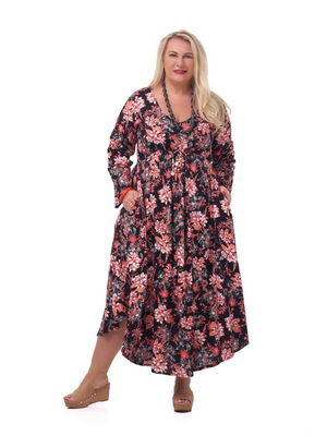 Plus size dresses in Australia: how to find a dress for all seasons