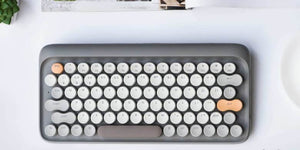 This mechanical wireless keyboard combines the best of new and old