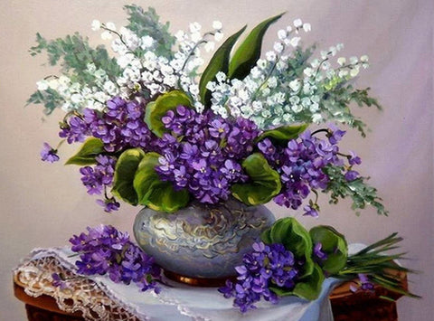 Pueple and White Lilac Still Life E968