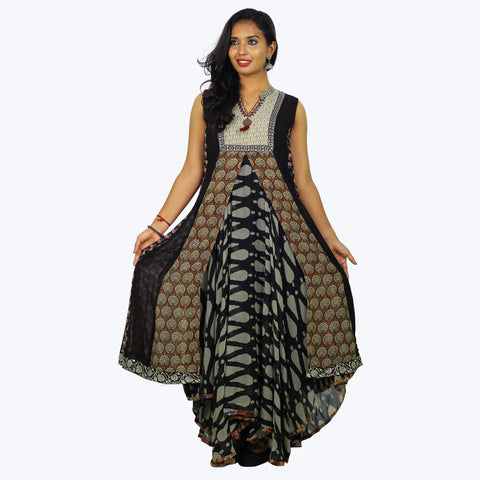 Black coloured coat type anarkali