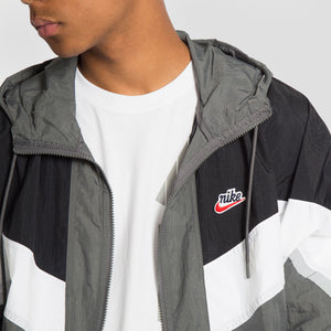 Nike Chaqueta Sportswear Windrunner+ - CZ0781-068 - Colección Chico