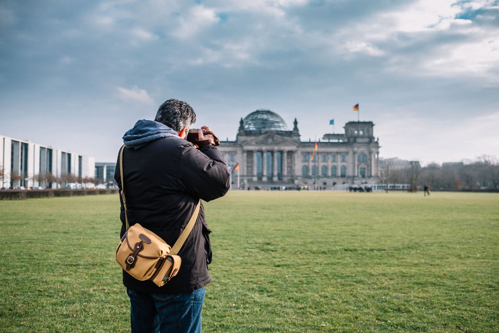 Mehrdad Abedi with his Billingham Hadley Digital Camera Bag photographing the Reichstag