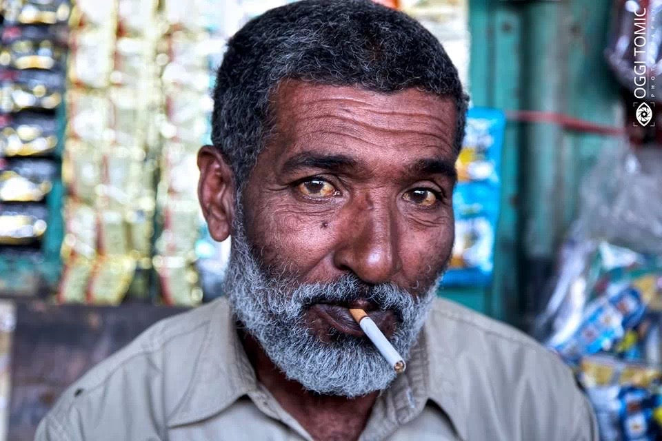 Portrait of person in Pakistan - Photo by Oggi Tomic