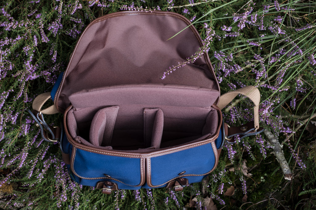 The inside of a Billingham Hadley Small Pro Camera Bag (Navy Canvas / Chocolate Leather). Photo by Robert Paul Jansen.