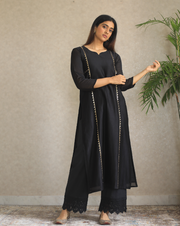 Queen of Diamonds Kurta - Black