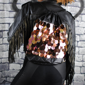 RIZZO backpack, gold sequins. Black quilted pleather. - beksiesboutique