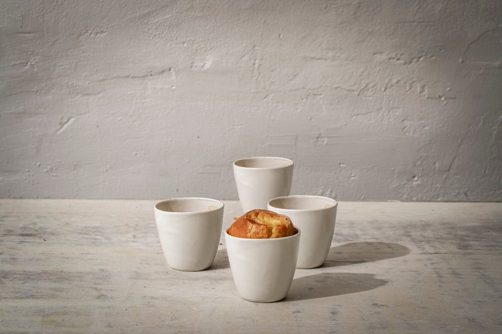 4 Porcelain cup set