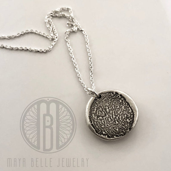 Daisy Charm necklace with 4 stones, Mother flower, Gift for Mom, Family pendant - Maya Belle Jewelry