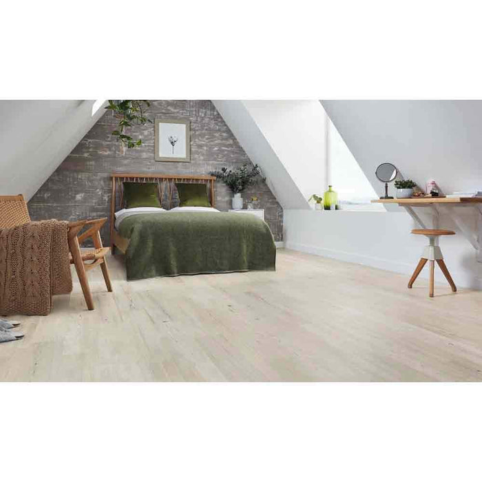 Karndean Knight Tile Wood Shade Grey Scandi Pine Tile - Unbeatable Bathrooms
