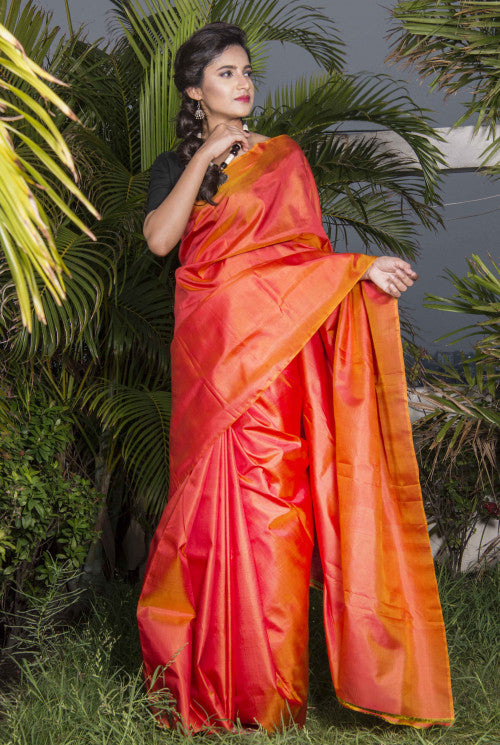 Fashionable orange color double tone shade sonamukhi silk saree