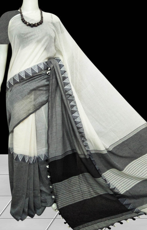 Cotton saree in an elegant combination of gray & white body