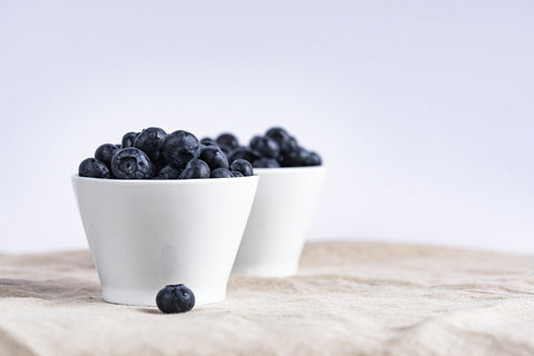 blueberries, yogurt, healthy diet