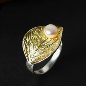 Gold Leaf with a Pearl Ring
