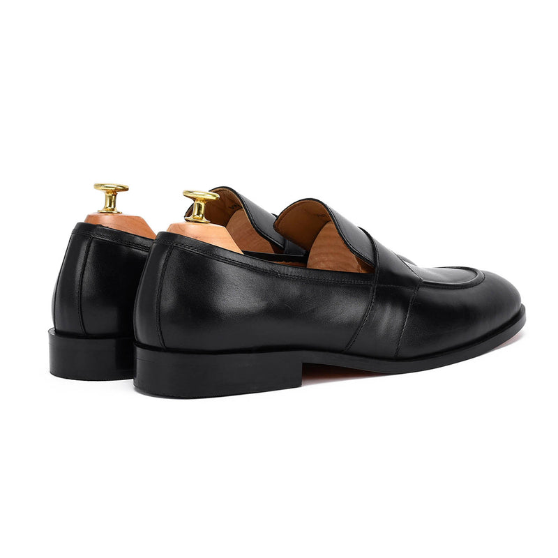 Alexander U Tip Black Loafer