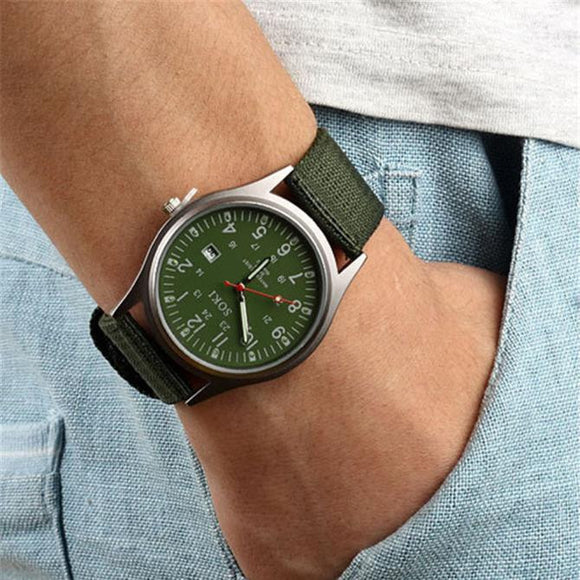 Mens luxury quartz analog watch