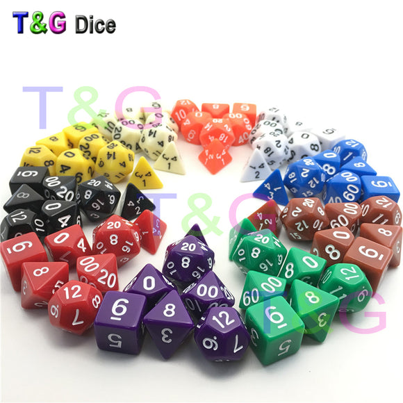 Dungeons and Dragons game dice set, 7 different colors