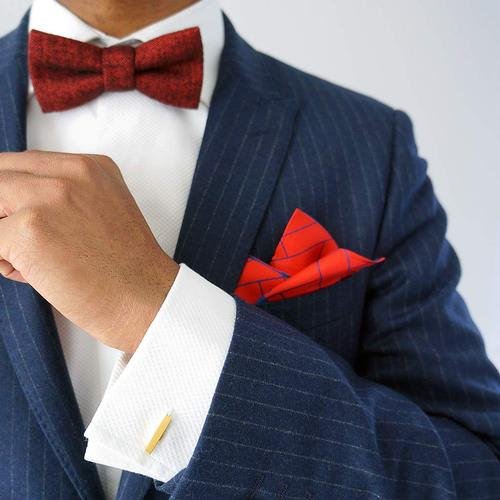 Red herringbone bow tie | Made in the UK