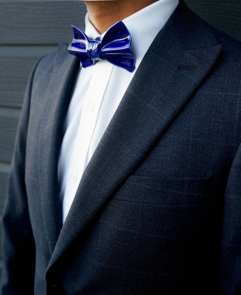 YOJO blue ceramic bow tie