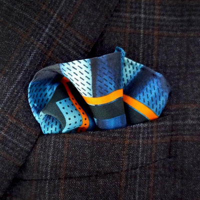 Eleonora de Rossi | Orange and blue pocket square