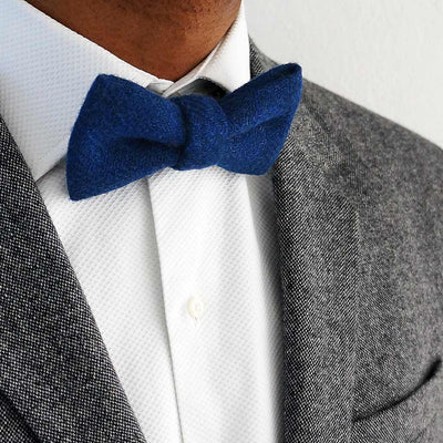 Pre-tied Harris Tweed blue bow tie | LV Made in England