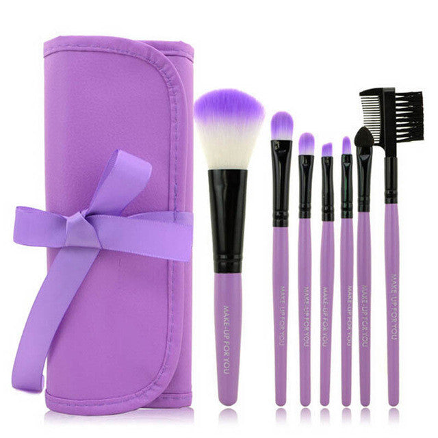 Set of 7 Purple Makeup Brushes With Carry Case
