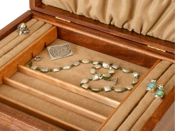 Ginkgo Leaves Three-Drawer Jewelry Box