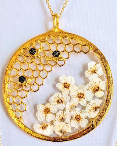 Honeycomb & Bridal Flower Pendant