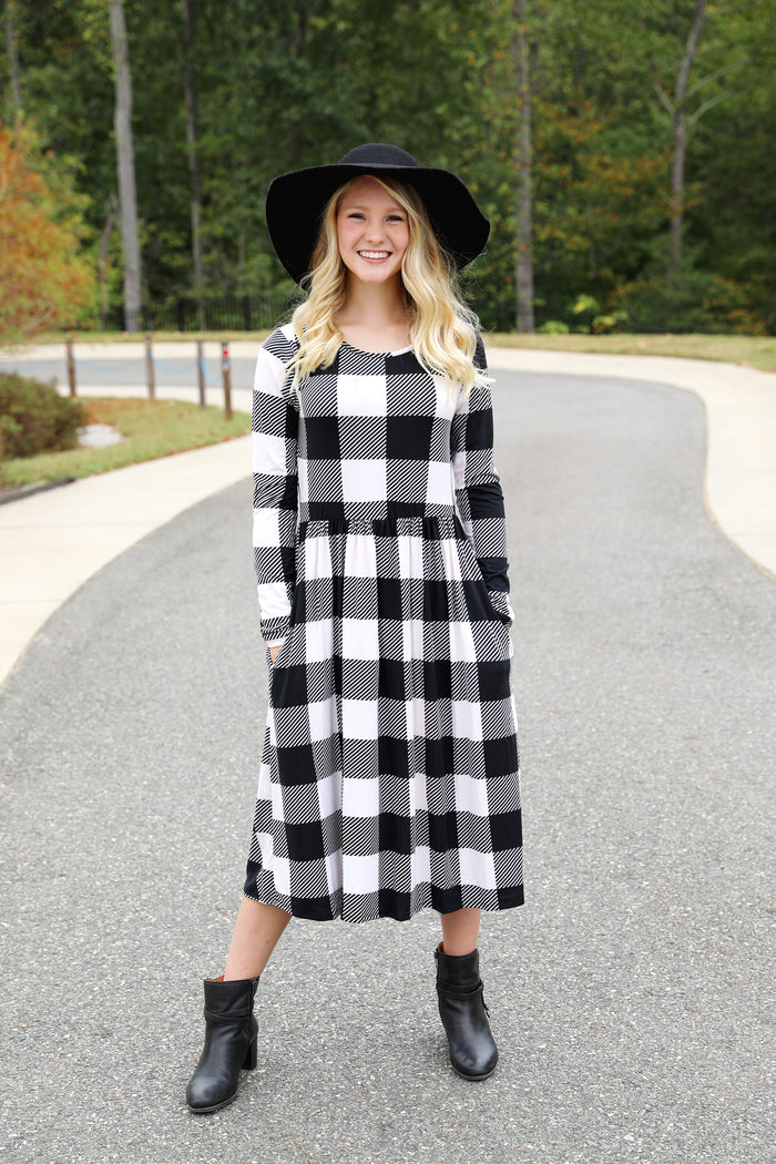 Perfectly Plaid Fit 'n' Flare Midi in Ivory