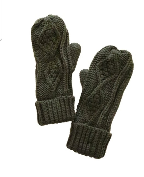 Cable Knit Mittens (2 colors)