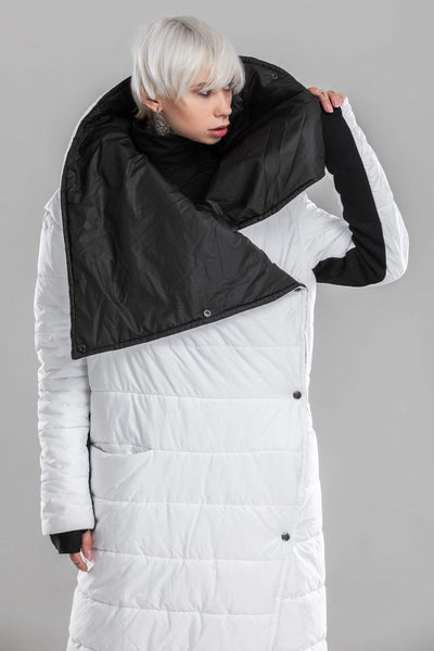 MDNT45 Coats & Jackets for Woman Black White Puffer Blanket Coat