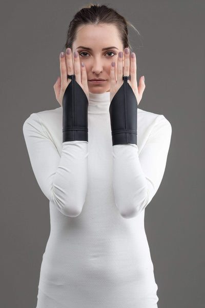 MDNT45 Harness & Eco Leathered Fingerless eco leather mittens