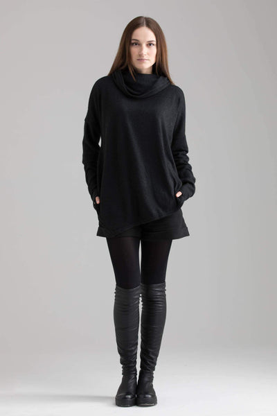 MDNT45 Sweaters, Tunics & Tops One size Oversize asymmetrical long black sweater