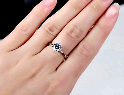 Elegant Solitaire Ring - White Gold
