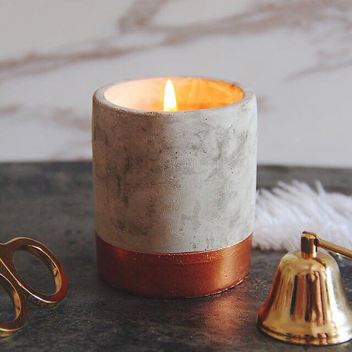 concrete fragranced candle // bergamot + mahogany