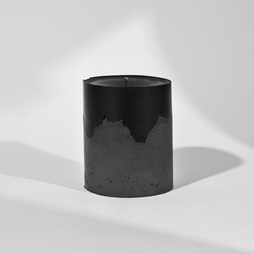 concrete raw candle // vetiver