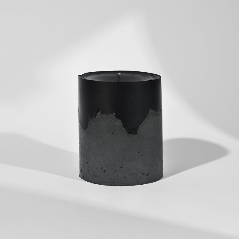 vetiver // concrete raw candle