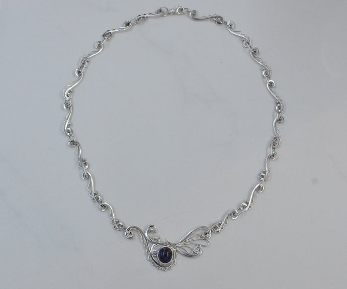 Ballata in Blue - Sapphire & filigree necklace